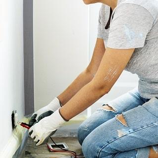 repairman-electrical renovation319x319